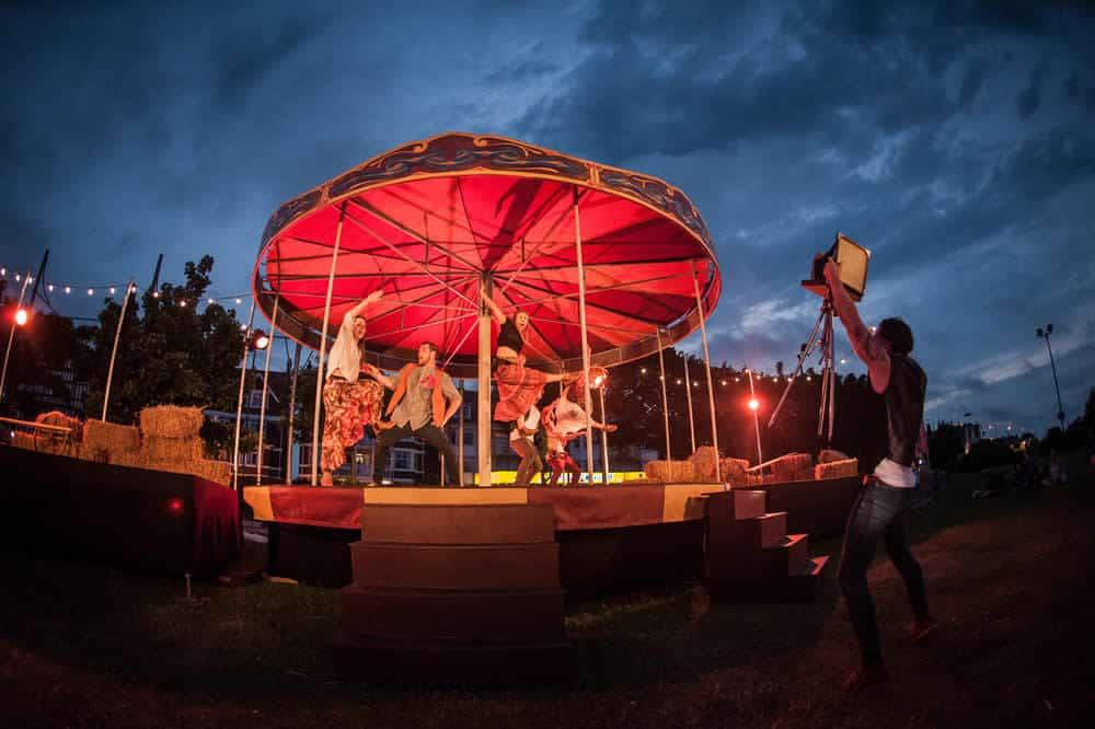 Carousel-by-Southpaw-Dance-Company-(Ashley-Bird-Photography)